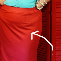Quick tip: Pencil skirts and those pesky top of the thigh folds (tilted waist adjustment)…