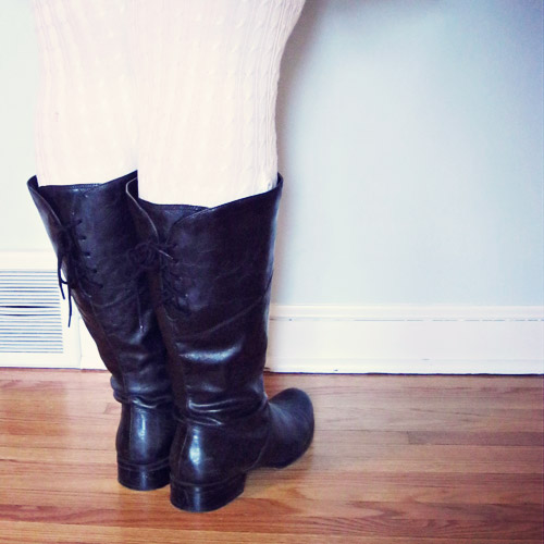 On the difficulties of wearing boots when endowed with 'curvy' calves…