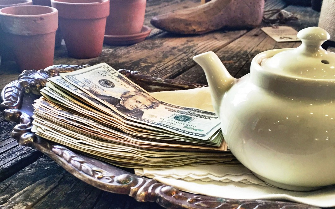 Tips For Selling Vintage and Antique Treasures