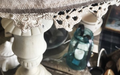 {trash to treasure} Shabby Chic Lamp + Vintage Trimmed Shade